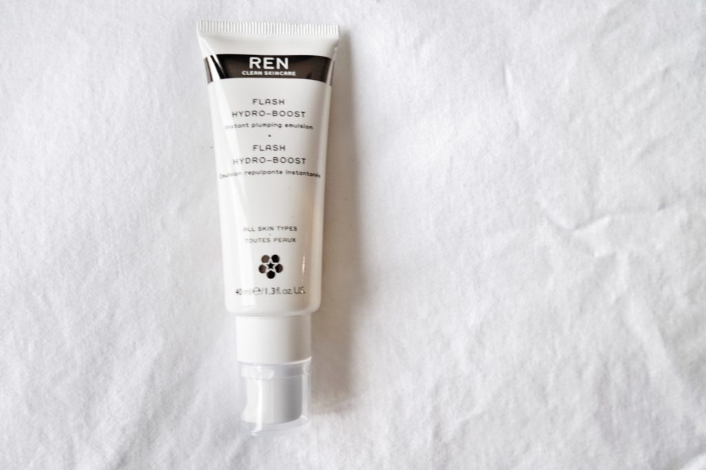 NO to Dry Face. YES to REN Flash Hydro-Boost Instant Plumping Emulsion // spark{le} x Calgary based lifestyle blog shares her fav REN Flash Hydro-Boost Instant Plumping Emulsion. Perfect for fall/winter. You're sure to love it!