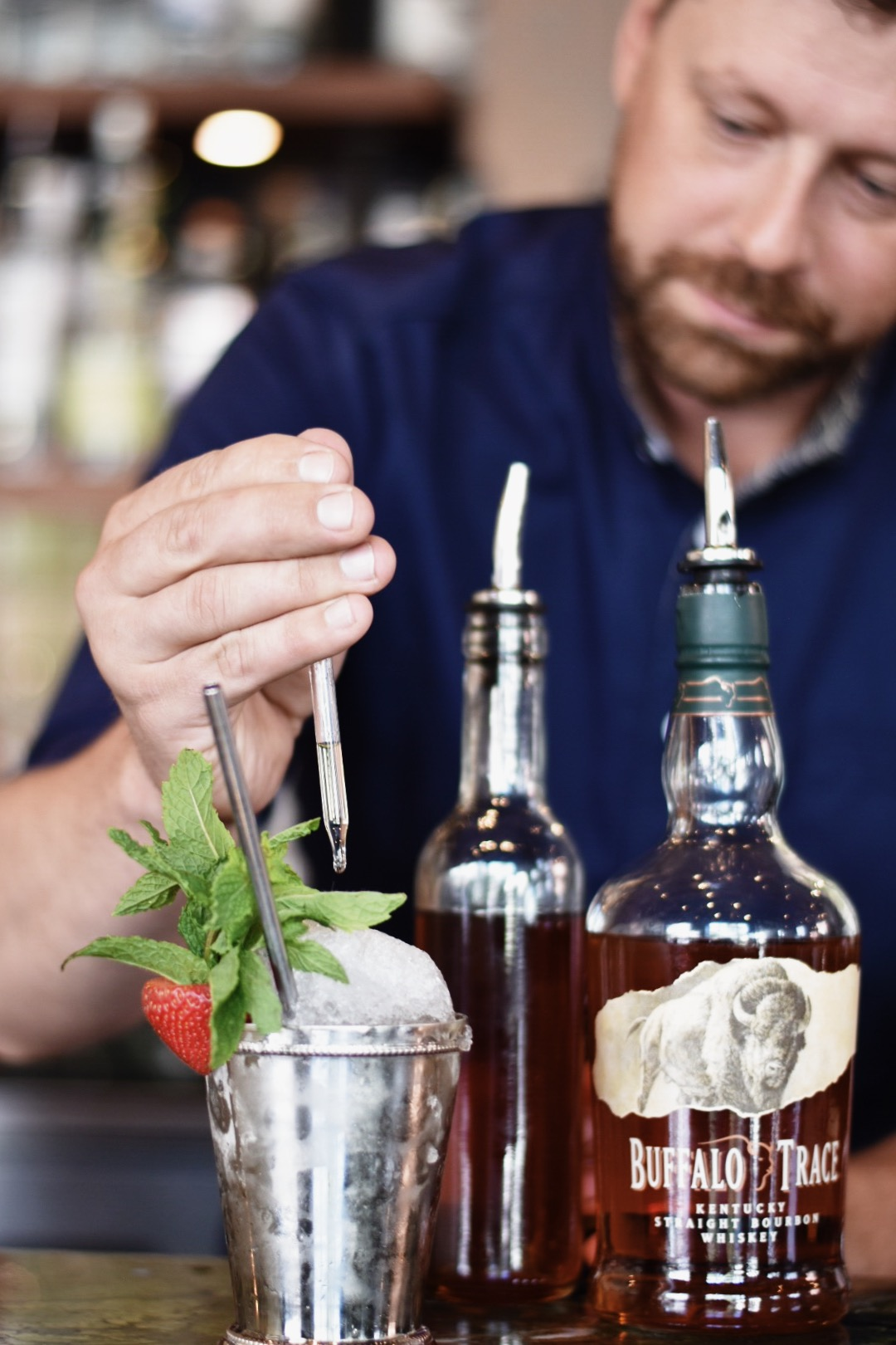 THE MODERN JULEP -- Drea Marie shares how to mix up your pre packwood grand cocktails! Packwood grand is the event of the summer in Calgary, AB. Check it out!!!