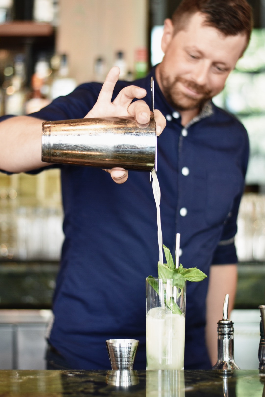 UNCLE GEORGE'S GIN AND TONIC -- Drea Marie shares how to mix up your pre packwood grand cocktails! Packwood grand is the event of the summer in Calgary, AB. Check it out!!!